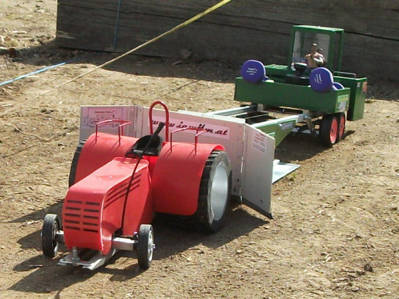 RC-Traktor Pulling Test in Thuma   12.04.15