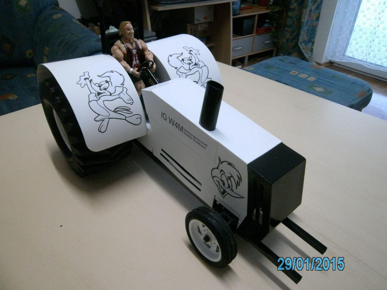 Christian Siedl's Traktorpuller (Woody Woodpecker)